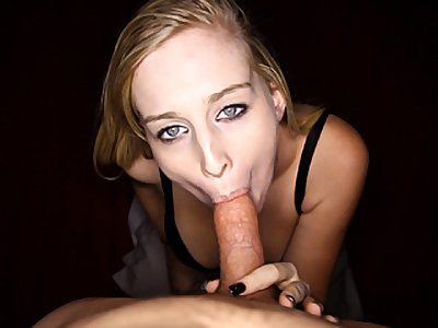 Blonde Teen Loves Peen